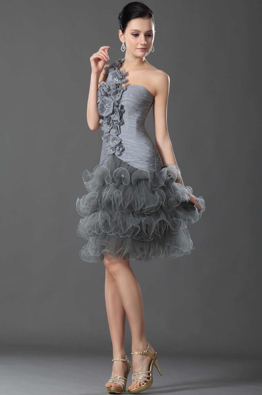 Декорировать платье цветами